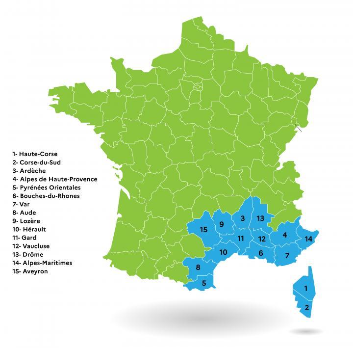 Les 15 départements de l'arc méditerranéen : Alpes-de-Haute-Provence, Alpes-Maritimes, Ardèche, Aveyron, Aude, Bouches-du-Rhône, Corse-du-Sud, Haute-Corse, Drôme, Gard, Hérault, Lozère, Pyrénées-Orientales, Var et Vaucluse